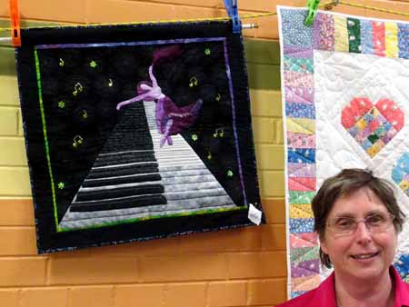 SnT Donna Hamilton piano ballet wall hanging_0052_M