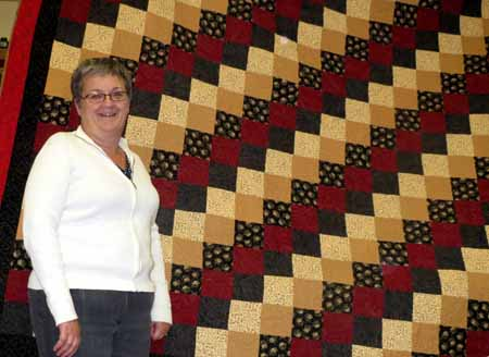 70 Cranberry and Brown quilt_M