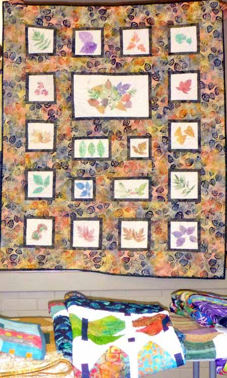 beth-leaf-print-quilt_m